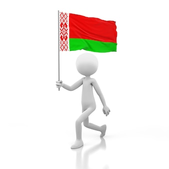 Mały człowiek idący z flagą białorusi w dłoni. obraz renderowania 3d
