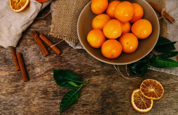 Mandarynki na stole