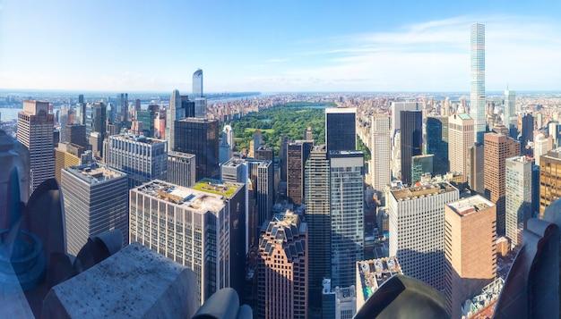Manhattan z panoramą empire state building