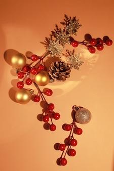 Martwa natura ze świątecznymi dekoracjami