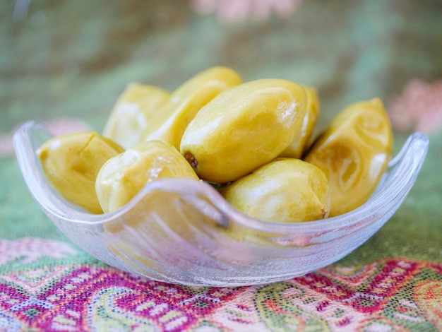 Marynowane z marynowanych oliwek. owoce marynowane lub konserwowane słodkie owoce w tajlandii