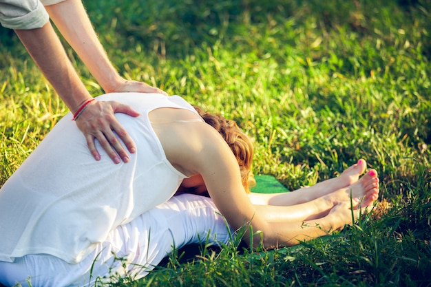 Masaż tajski z ćwiczeniami jogi