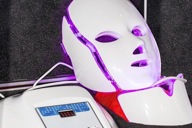 Maska ledowa skintech na wystawie w moldexpo