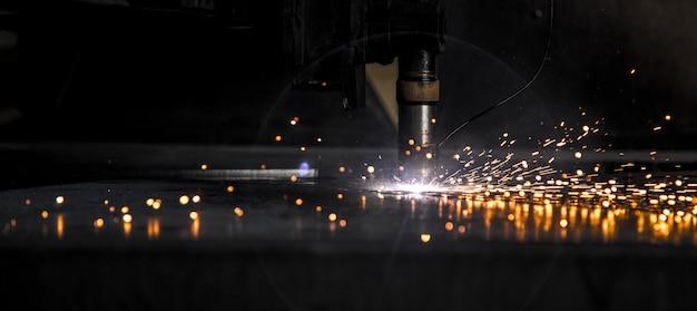 Maszyna do cięcia laserem cnc