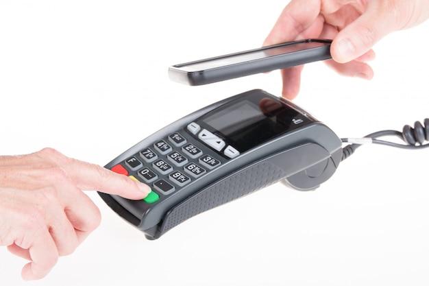 Maszyna do kart kredytowych z czytnikiem kodów i smartfonem