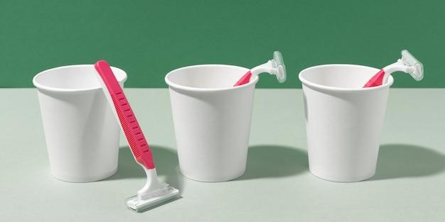 Maszynki do golenia w kubkach