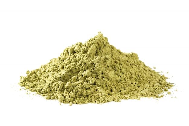 Matcha zielona herbata w pucharze odizolowywającym