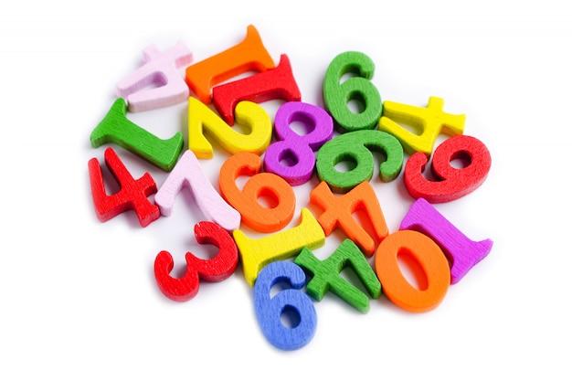 Matematyka liczba kolorowa na bielu.