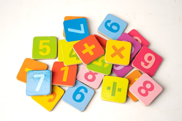 Matematyka numer kolorowe, edukacja nauka nauka matematyki uczyć koncepcji.