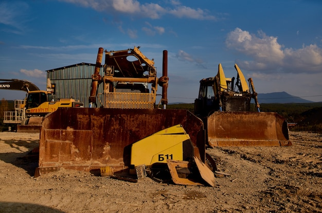 Materiały budowlane maszyna do pracy spychacz piasek żwir