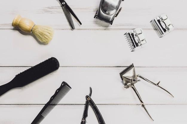 Materiały dla zakładów fryzjerskich na stole