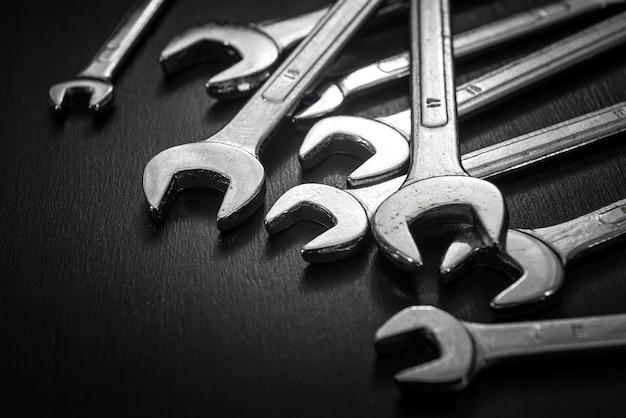 Mechaniczny zestaw narzędzi