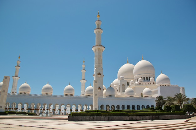 Meczet szejka zayeda bin sultana al nahyana w abu zabi
