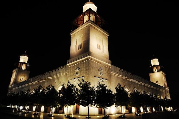 Meczet w nocy