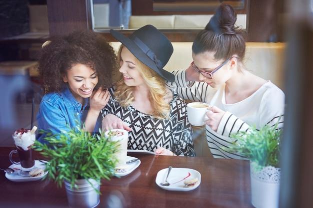 Media społecznościowe dominują w naszym życiu
