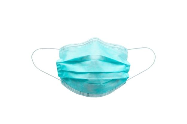 Medyczna maska na twarz na białym tle ze ścieżką przycinającą