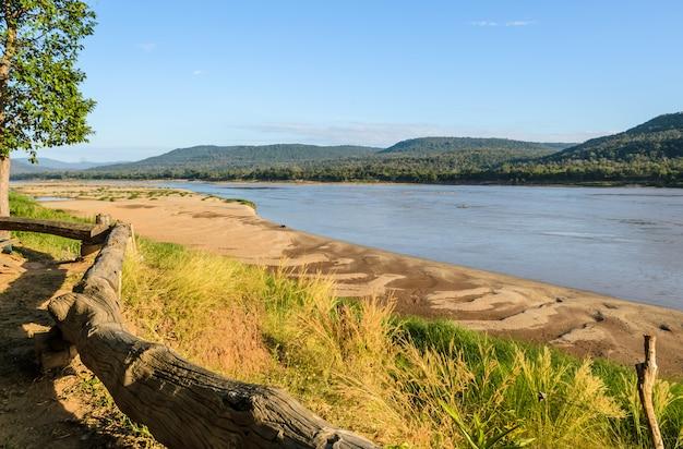 Mekong rzeka w lato sezonie, tajlandia