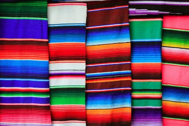 Meksykańska serape tkaniny kolorowa deseniowa tekstura