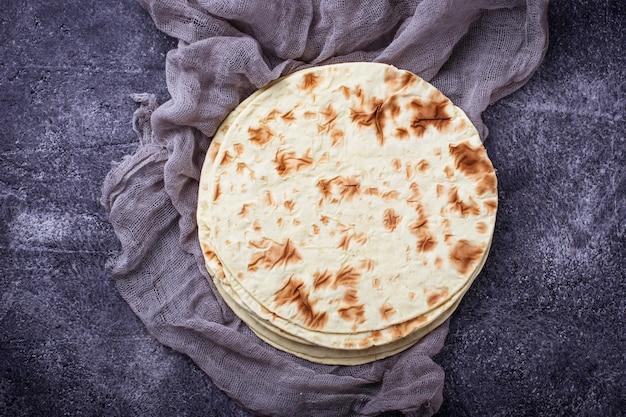 Meksykańskie tortille kukurydziane