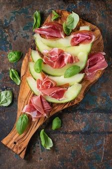 Melon i szynka
