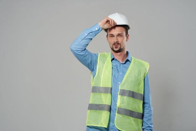 Męska kamizelka odblaskowa konstruktora emocje profesjonalne lekkie tło