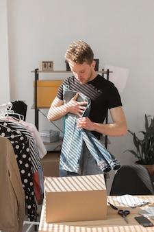 Męska składana koszula jeansowa
