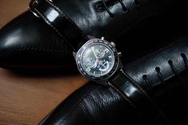 Męskie buty i zegarki