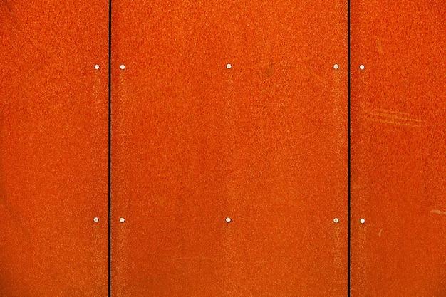Metaliczne tło lub kolorowa zardzewiała metalowa tekstura