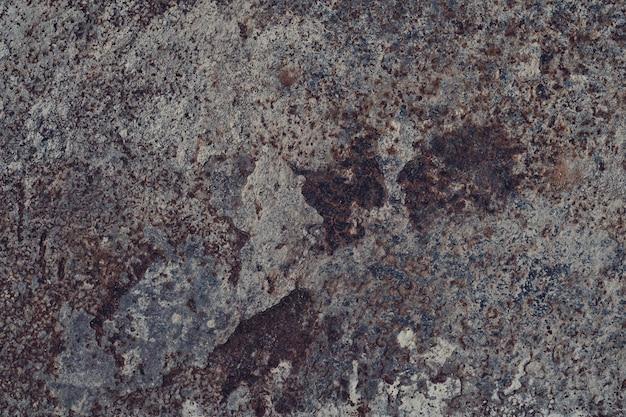 Metalowa konsystencja z rysy i pęknięcia, rdza ściana