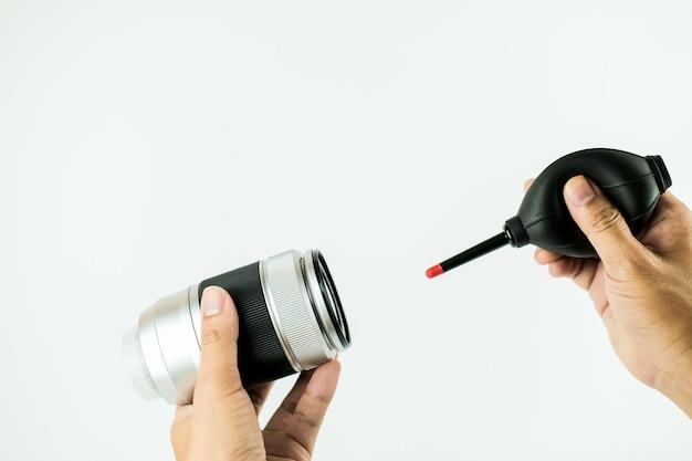 Metoda czyszczenia obiektywu aparatu