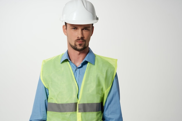 Mężczyzna budowniczowie profesjonalna praca na białym tle