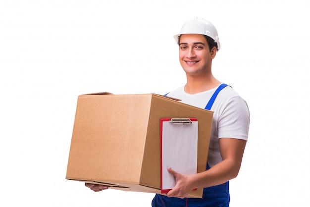 Mężczyzna dostarcza pudełko odizolowywającego na bielu