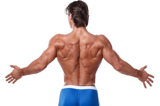 Mężczyzna pokazuje jego mięśniowego plecy
