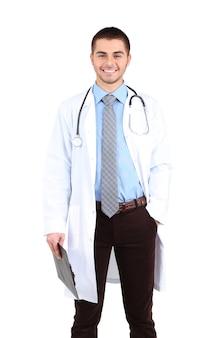 Mężczyzna stojący lekarz z folderem, na białym tle