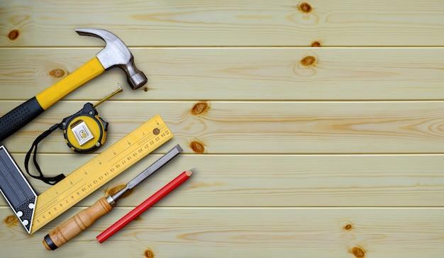 Miarka z młotkiem wypróbuj kwadratowy ołówek i dłuto kolekcję narzędzi ręcznych do obróbki drewna