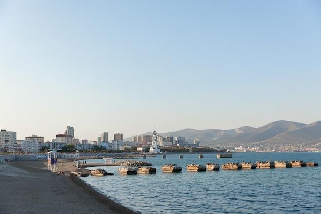 Miasto krajobrazowe nad morzem