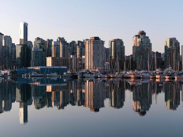 Miasto linia horyzontu vancouver, kolumbiowie brytyjska, kanada