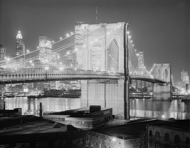 Miasto most wieczorem noc nowy york brooklyn