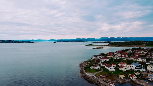 Miasto na wyspie