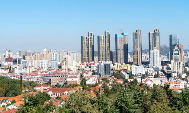 Miejska linia horyzontu qingdao