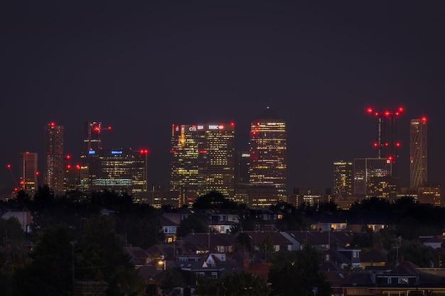 Miejski panoramę londynu nocą