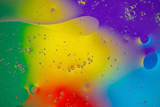 Miękko płynący kształt z różnych kolorów