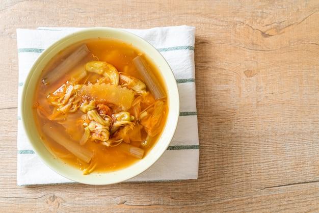 Mieszana zupa warzywna