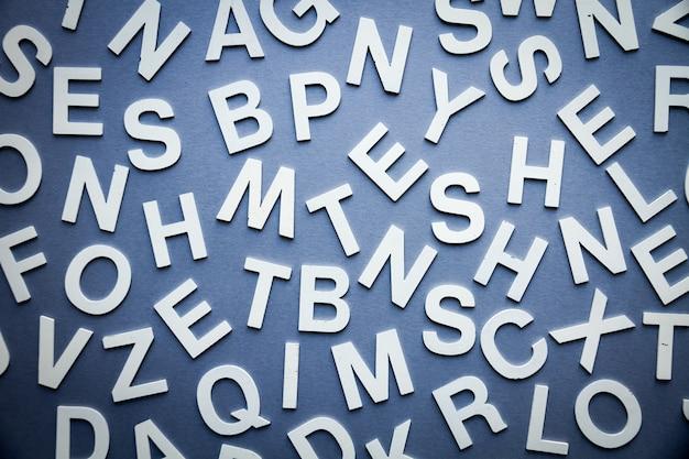 Mieszane litery stos widok z góry zdjęcie