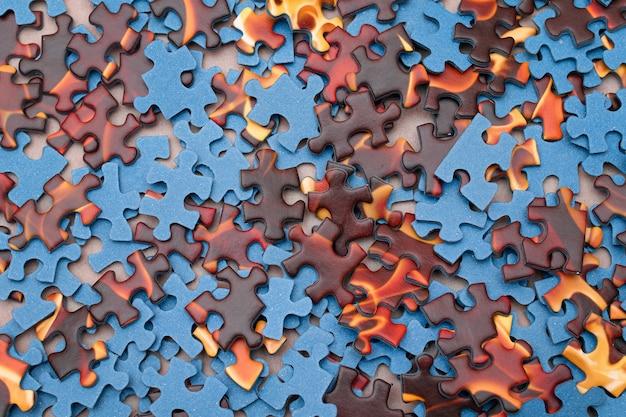 Mieszane puzzle w tle pokoju
