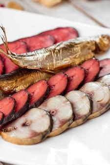 Mieszanka piwna przekąska makrele łosoś różowy makrela łososiowa