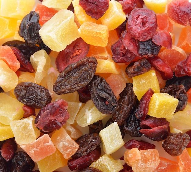 Mieszanka różnych suszonych owoców