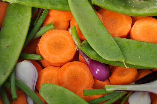 Mieszanka warzyw w garnku