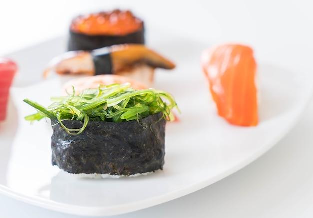 Mieszany zestaw sushi