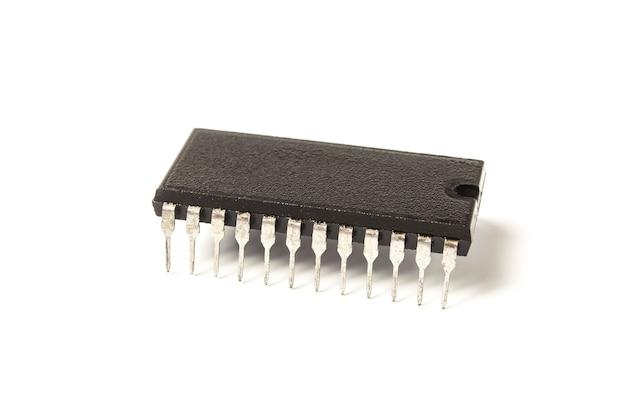 Mikroukład elektroniczny na białym tle